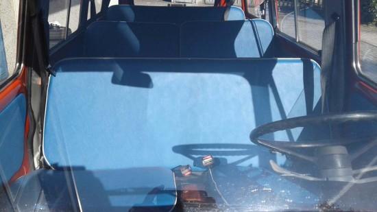 minibus8